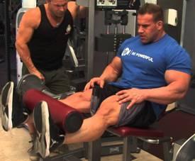 jay-cutler-leg-extension-exercis